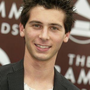 Justin Berfield at the 47th Annual GRAMMY Awards