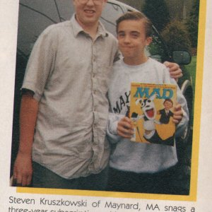 Frankie Muniz MAD Magazine - Celebrity Snaps
