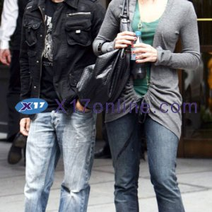 Frankie Muniz & Elycia Marie in NYC