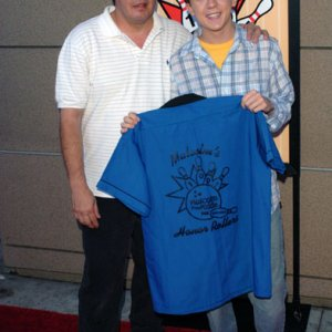 Frankie Muniz and Dad at 100th Episode Bowling Party