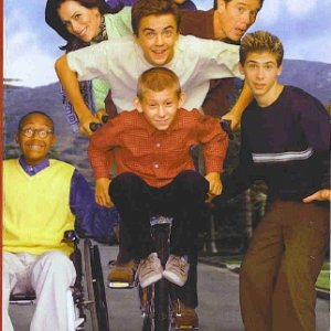 Holiday Greetings from the Malcolm in the Middle cast