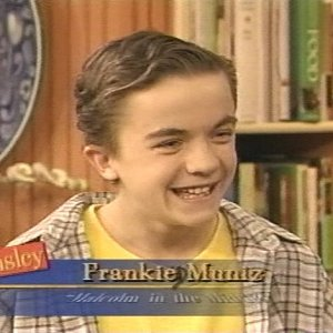 Frankie Muniz chats and cooks on the Ainsley Harriott Show