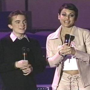 Frankie Muniz co-hosted the 2001 Winter Special Olympics