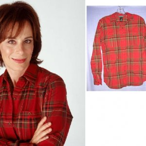 Clothes Off Our Back auction items: Lois' Season 5 shirt