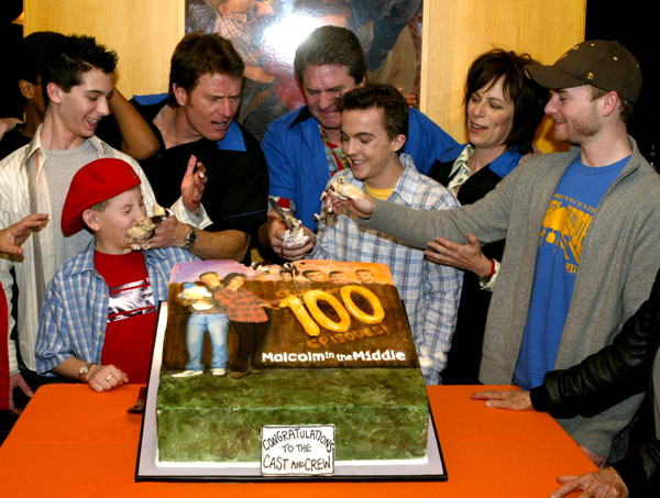 <br /> Cast and Linwood Boomer at 100th Episode Bowling Party