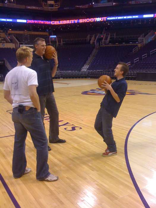 Frankie preparing for 2010 Celebrity Shootout at the Phoenix Suns court