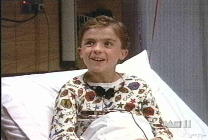 Frankie Muniz in 'Spin City', episode 'The Kidney's All ...
