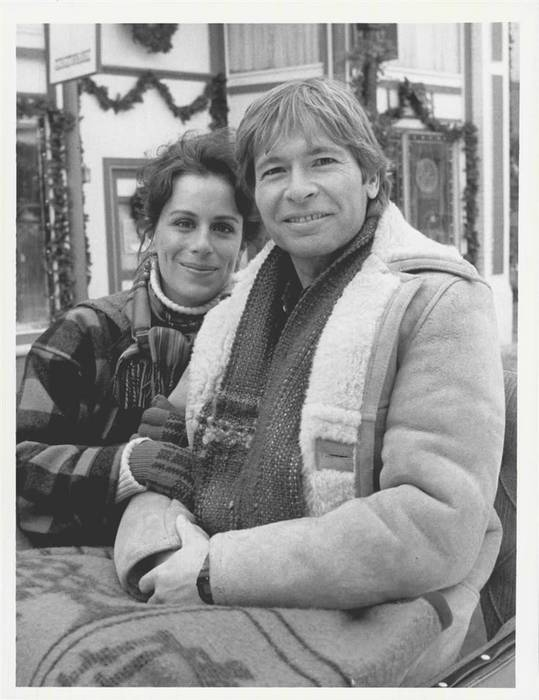 Jane Kaczmarek as Susan in 'The Christmas Gift' (1986 ...
