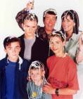 Malcolm_in_the_Middle_S2_Family22_MITMVC.jpg