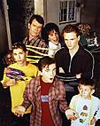 Malcolm_in_the_Middle_S2_Family23_MITMVC.jpg