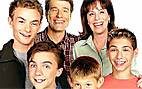 Malcolm_in_the_Middle_S2_Family_MITMVC_12.jpg