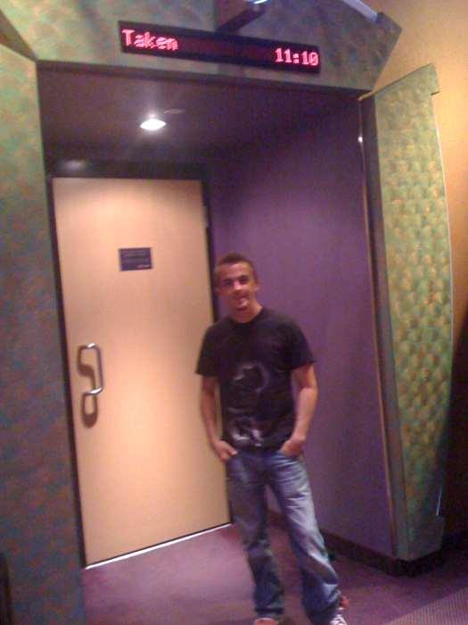 Frankie Muniz - Theater Seeing Taken
