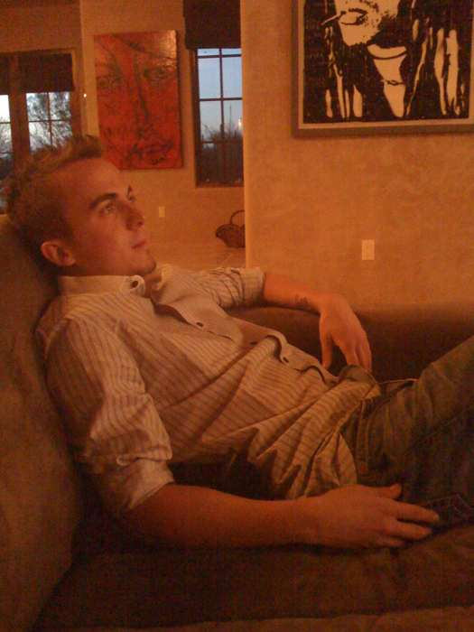 Frankie Muniz - Watching TV