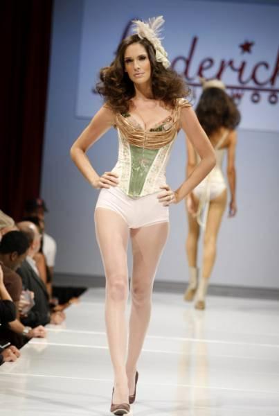 Vbulletin powered by lingerie photo
