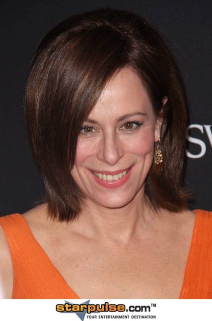 Jane-Kaczmarek-11th-Annual-Costume-Designers-Guild-Awards-Feb-09-MITMVC-5
