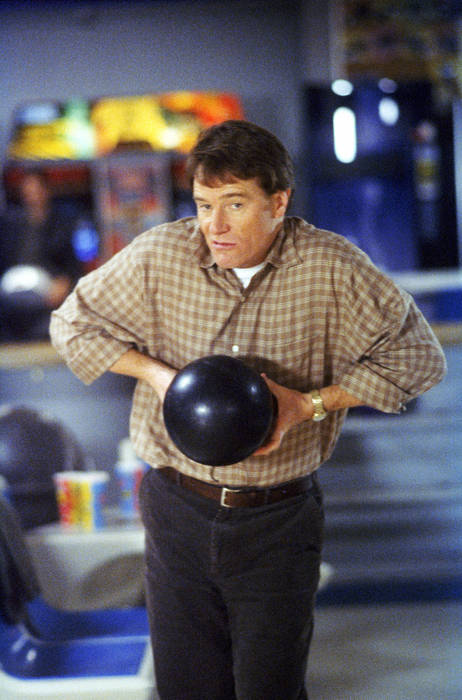 Bryan Cranston as Hal in Bowling 2x20