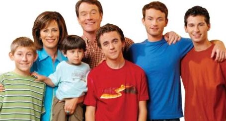 breaking news malcolm in the middle leaving netflix malcolm in